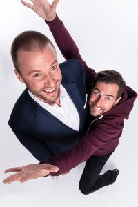 DIVERTIMENTO - Jonny Fischer (l.) und Manu Burkart sind für ihre dynamischen Comedyshows bekannt – ob sie diesmal auch als Gladiatoren punkten?